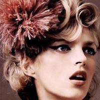 波兰模特安雅·卢比可QQ2021最新头像_冷艳、清纯、奔放的综合体