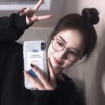 微信2021女生戴眼镜2021最新头像 高清好看的清新