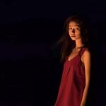 微信红色系女生2021最新头像高清写真
