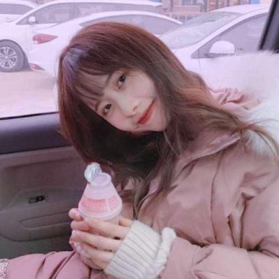 纯美女孩2021最新头像萌高清写真