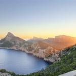 美丽巴利阿里群岛景色2021最新头像高清写真 优美的大自然弧线